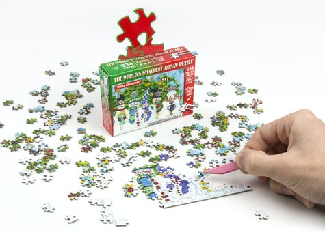 World's Smallest Christmas Jigsaw Puzzle